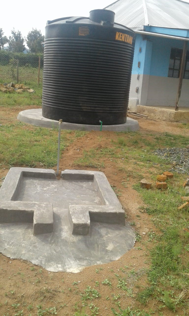 Lorena School for the Deaf water catchment tank